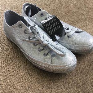 NEW chuck Taylor converse silver glitter size 10